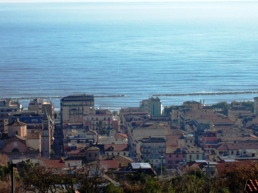 Villetta a schiera in zona panoramica a Grottammare (AP)