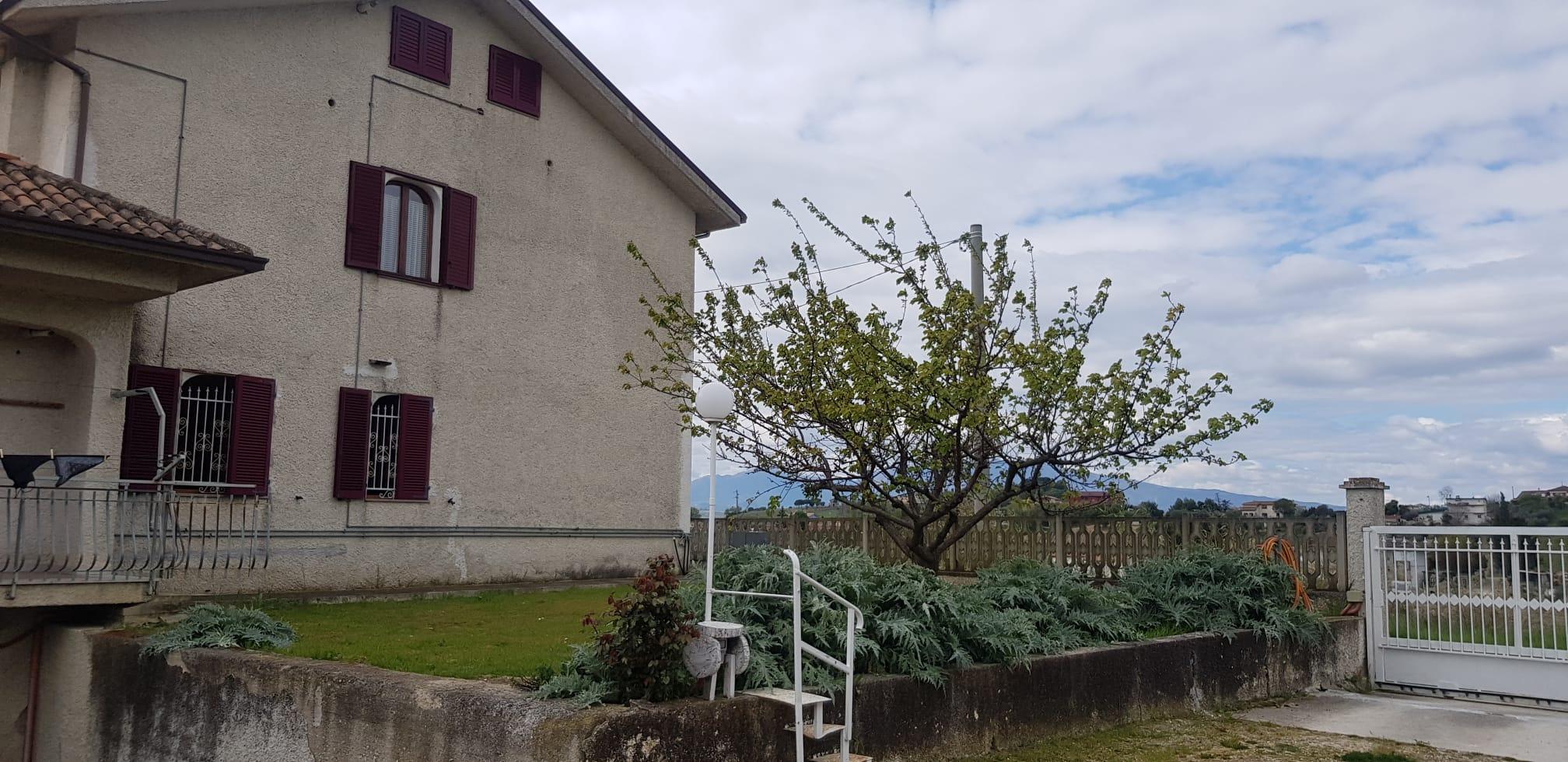 Vendesi villa a Monteprandone (AP)