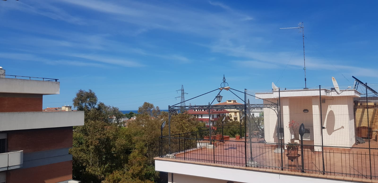 San Benedetto del Tronto vendesi luminosissimo appartamento